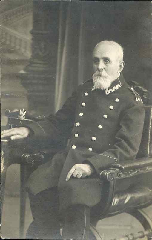 Władysław Chmieliński w mundurze kombatanta 1863 wprowadzonym ustawą z r. 1919